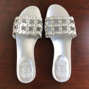 Vince Camuto Silver Flip Flops Size 9 1/2 M